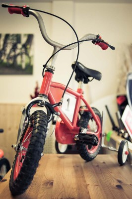 childs bikes with stabilisers